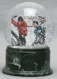 personalized snow globes need a post to explain all the