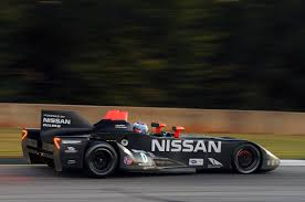 nissan race car delta wing nissan deltawing at petit le mans photo gallery autoblog