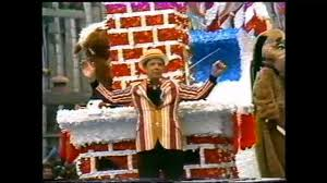 from the vault cincinnati s thanksgiving day parade 1975 wcpo