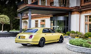 bentley driveway does this bentley mulsanne speed look right in neon yellow