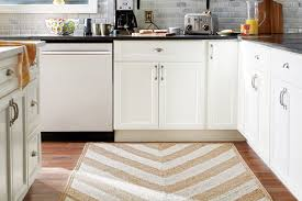 Galley Kitchen Rugs How To Choose An Area Rug The Home Depot Canada