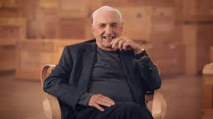 Frank Gehry by Frank Gehry To Teach Afforable Online Architecture Course
