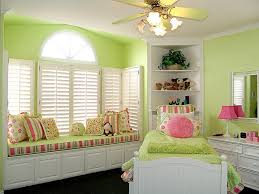 cute green bedroom designs