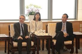 bureau de repr駸entation de taipei en 法國在台協會紀主任博偉的城市拜訪於3月18日來到新北市政府 la à