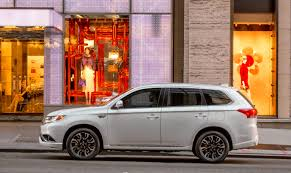 hackers exploit loophole to disable alarm on mitsubishi outlander