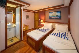 Emperor Size Bed Maldives Liveaboard Mv Emperor Orion Emperor Divers