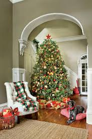 Red And Brown Christmas Tree Decorations by Christmas Tree Decorating Ideas Southern Living
