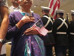 Flag Ceremony Meaning Nearly 700 Become Us Citizens During Colossal Ceremony In Peoria