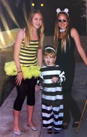 throwback halloween costumes mom in music city