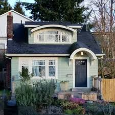 cute little house cute cottage cottage a day on instagram tiny house pinterest
