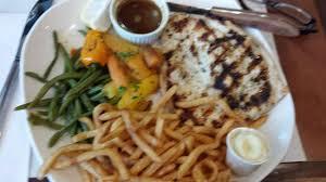 cuisine cap vert paillard de poulet grillé picture of bistro le cap vert montreal