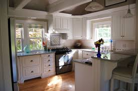 Paint Wood Kitchen Cabinets Free Annie Sloan Chalk Paint In Old White Wood Kitchen Cabinet