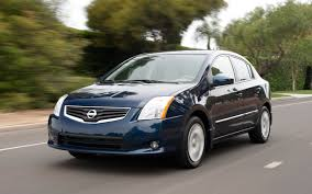 nissan sentra vs hyundai elantra 2012 nissan sentra reviews and rating motor trend