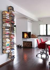 How To Decorate Floating Shelves Best 25 Invisible Bookshelf Ideas On Pinterest Shelves How To