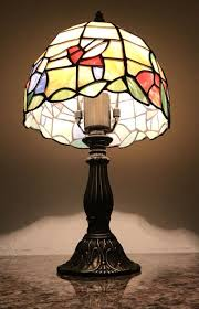 moving sale beautiful vintage tiffany style stained glass table