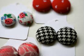 diy button earrings a bit of make something monday fabric button earrings