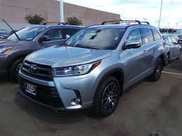 2017 toyota highlander vs 2017 ford explorer in modesto ca
