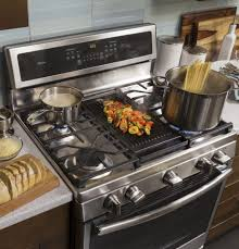 Ge Built In Gas Cooktop Ge Pgb911zejss 30 Inch Freestanding Gas Range With Chef Connect