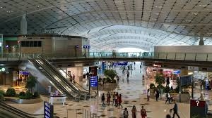 designing the hong kong international airport midfield concourse