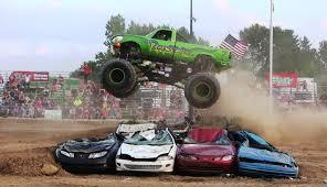 monster truck videos freestyle reptoid monster truck freestyle at monster truck shootout at imlay