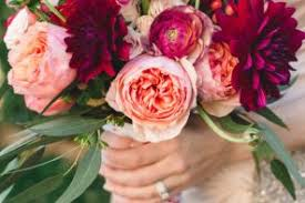 wedding flowers how to save money on your wedding flowers