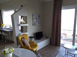 livingroom tv stresa apartments stresa short term rental holiday accomodation in