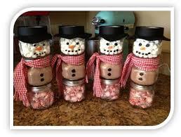 homemade christmas gift ideas stacked jar chocolate snowmen