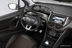 Conhecido Peugeot 2008 é bom de dirigir, mas com restrições   Best Cars #VI42