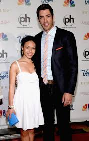 Property Brothers Las Vegas Home by Property Brothers U0027 Star Drew Scott Engaged To Linda Phan Ny