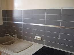 frise carrelage cuisine carrelage sol et mur noir blanc effet ciment dément l 20 x l 20 cm