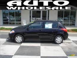 nissan tiida hatchback black 2009 super black nissan versa 1 8 s hatchback 15207927 gtcarlot