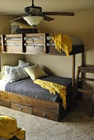 Camper Bunk Bed Sheets by Best 25 Homemade Bunk Beds Ideas On Pinterest Baby And Kids