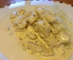 cuisiner blancs de poulet blancs de poulet à l estragon recette de blancs de poulet à l