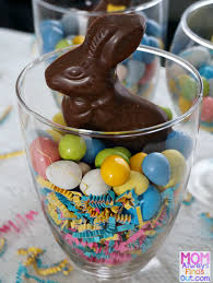 Edible Easter Decorating Ideas by Easy Edible Easter Decorations To Make Easter Candy Jars
