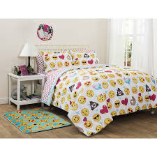 What Is A Bed Set Emoji Pals Bed In A Bag Bedding Set Walmart