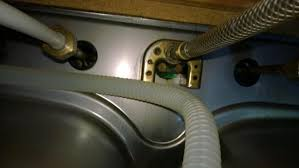 removing an kitchen faucet www doityourself forum attachments toilets