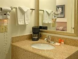 Comfort Inn And Suites Hotel Circle San Diego Hotel Coupons For San Diego California