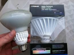 Led Light Bulbs Lumens by Polaroid 2200 Lumens Led Bulb Vs Cree 800 Lumens Led Bulb Youtube
