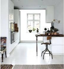peinture pour carrelage sol cuisine peinture sol cuisine cuisine design meubles et sol blanc peinture