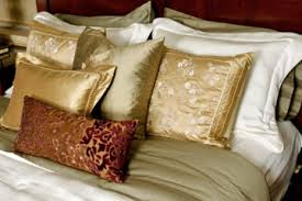 How To Spot Clean A Comforter How To Clean Bed Sheets And Comforters Howstuffworks