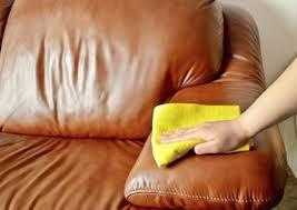 nettoyer canap simili cuir blanc entretien canape en cuir canape cuir nettoyage canape simili cuir