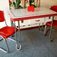 set de cuisine retro loving this and white kitchen table set vintage kitchen
