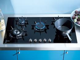 Sealed Burner Gas Cooktop Miele Km391g 36