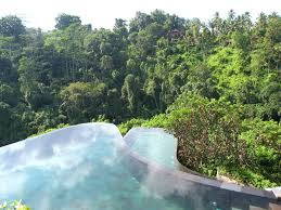 the lux traveller guide to bali the lux traveller ubud hanging gardens bali