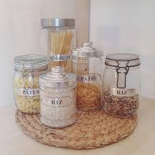 bocaux cuisine cuisine on mise tout sur les bocaux en verre avec étiquettes