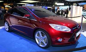 ford focus reviews ford focus price photos and specs car and