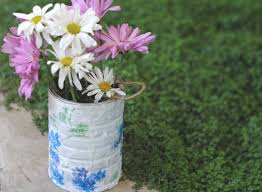 decoupage blog tutorial diy decoupage garden pail digging out my cans from the trash as we