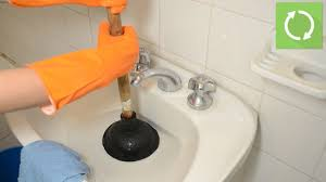 Bathroom Water Outlet How To Use A Plunger With Pictures Wikihow
