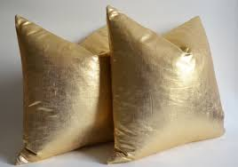 www jrddesign wp content uploads gold throw pi