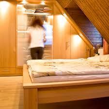 Wohnzimmerschrank F Kleidung Schrank Für Putzzeug Schiebet Ren F R Kleiderschrank Systeme